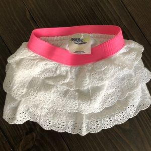 OshKosh white/pink 3-6m eyelet skirt